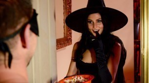 Brazzers - Ariana Marie Сan't Refuse This Halloween! Dick Or Treat!