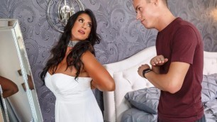 Hot Sex Before My Slutty Stepmom's Wedding With Raven Hart