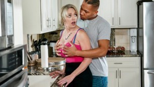 Brazzers - Dee Williams Is Pleasantly Surprised In Cum County
