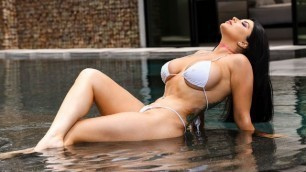 Brazzers - Romi Rain Pounded By The Pool