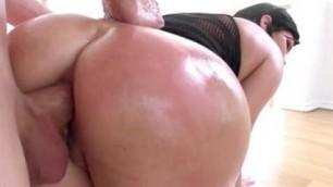 shay fox Hot fuck a milf in a beautiful big ass