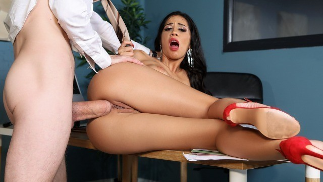 Julia De Lucia Seducing And Fucking The Information Out Of Him