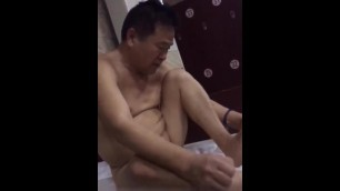 Asian old Chubby Daddy Relax in Bathhouse