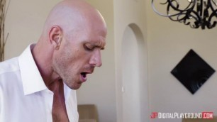 Big tits MILF Luna Star pounded by Johnny Sins