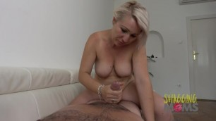 Thick MILF Loves getting Pounded on the Sofa