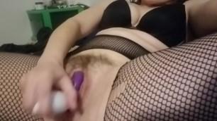 NoelleMorrison- Quick, Powerful Orgasm in Fishnets