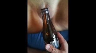Masturbating my GF with a Bottle (part1)
