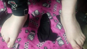 Foot Fetish: Wiggle your Toes Ad Nauseum Til Orgasm.
