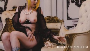 BlackLabelMag - Keighla Night and Una Solitaire nude