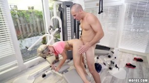 Petite naughty punk Pressley Carter gags on huge dong