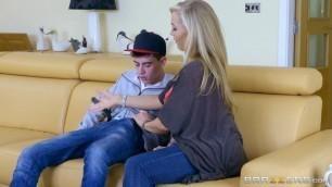 Brazzers - Big tits stepmom Rebecca Moore gets anal from stepson Jordi El Nino