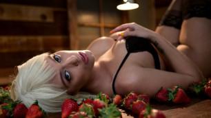 Brazzers - Blonde Athena Palomino For Dessert