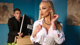 Brazzers - Kayla Green Catches Man Red Handed In Tits Thighs And Office Supplies